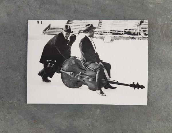 Postkarte Musiker Schnee