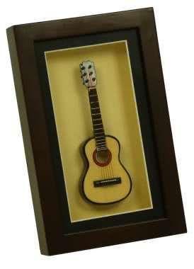 Deko-Objekt Gitarre im Rahmen 22x14cm
