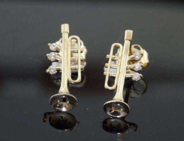 Trompeten als Ohrstecker (Paar)