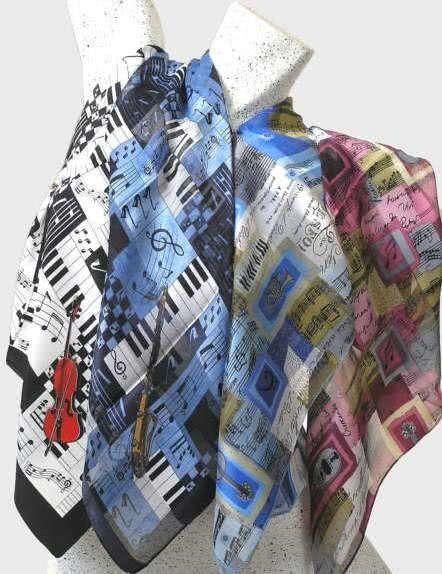 Tuch Musikinstrumente und Noten dunkelblau/weiß