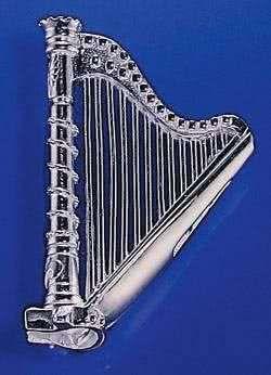 Harfe als Brosche