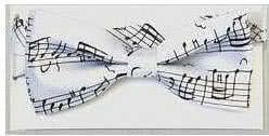Fliege Bach Notenschrift weiß